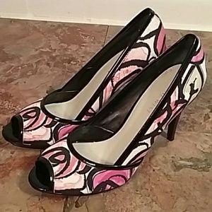 Nine West pink floral heels size 7